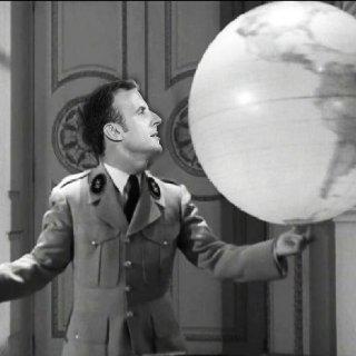 Macron champion de Terre… bientôt la Lune!