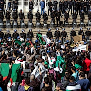 L'Algérie continue de boutéfliquer son peuple