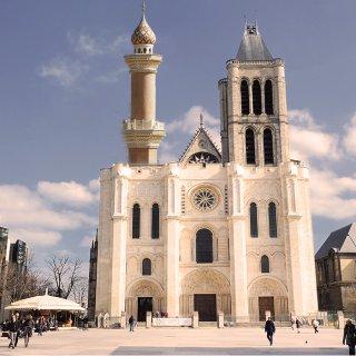 Le gouvernement a décidé de reconstruire la tour nord de la basilique de Saint Denis