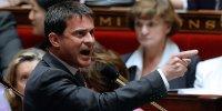 Valls s'en prend à Goasguen