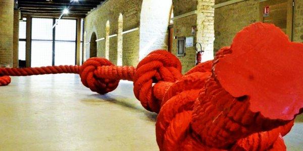 Du sur-dimensionnement de la crétinerie en art dit contemporain