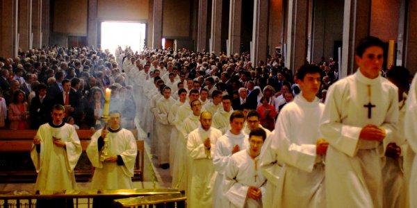 La communauté Saint Martin, l'Église, et l'apostolat