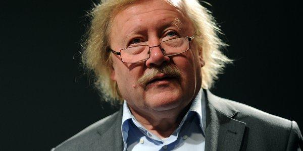 Je préfère m'attabler avec Peter Sloterdijk
